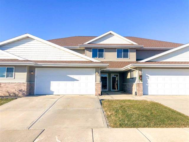 194 Valley Dr, Lodi, WI 53555 (#1873622) :: HomeTeam4u