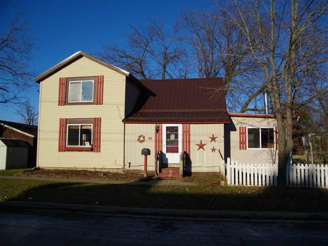 805 Mansion St, Mauston, WI 53948 (#1874854) :: Nicole Charles & Associates, Inc.