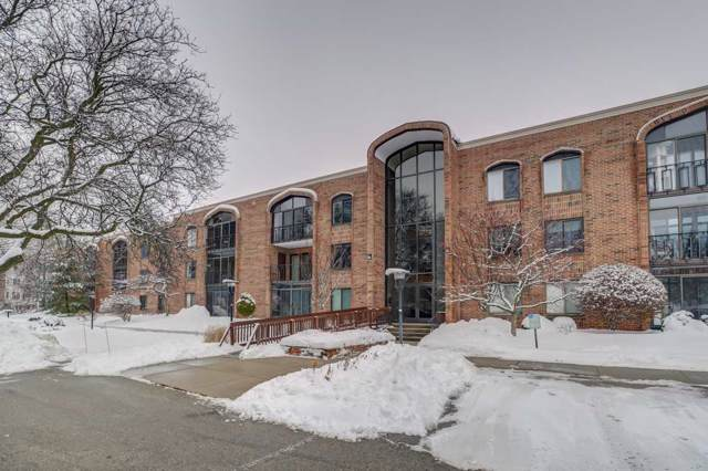 325 S Yellowstone Dr, Madison, WI 53705 (#1875562) :: Nicole Charles & Associates, Inc.