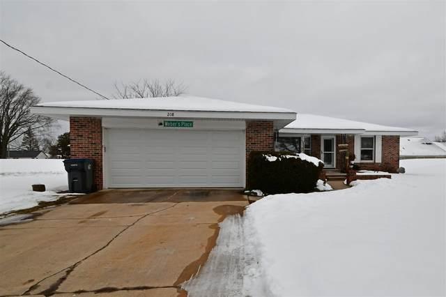 208 E Front St, Marquette, WI 53947 (#1877105) :: HomeTeam4u