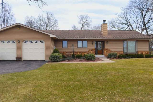 S2994 Golf Course Dr, Reedsburg, WI 53959 (#1878912) :: Nicole Charles & Associates, Inc.