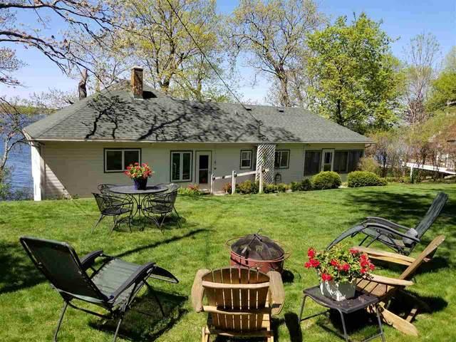 W2760 Oakwood Beach Rd, Green Lake, WI 53946 (#1879353) :: Nicole Charles & Associates, Inc.