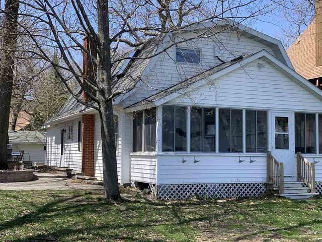 N4376 S Lakeshore Dr, Princeton, WI 53946 (#1881514) :: HomeTeam4u