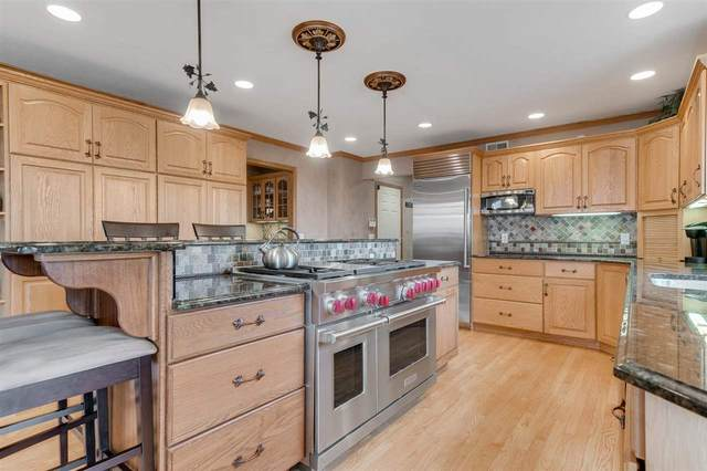 782 Foxfield Rd, Oregon, WI 53575 (#1884735) :: Nicole Charles & Associates, Inc.
