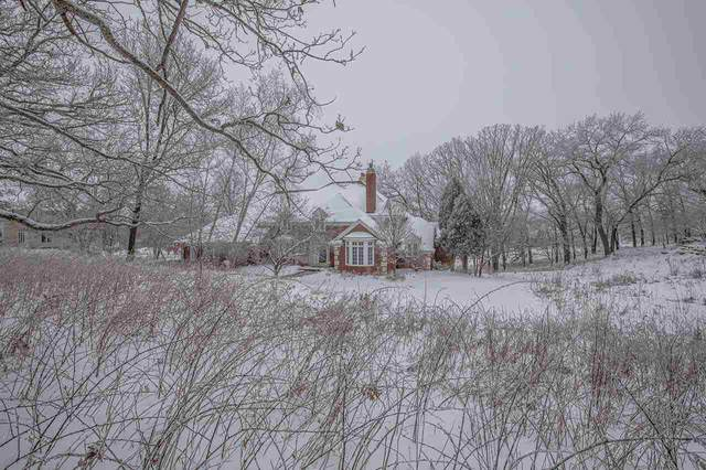 7805 Noll Valley Rd, Middleton, WI 53593 (#1889571) :: Nicole Charles & Associates, Inc.