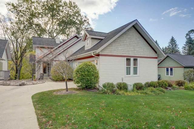 3031 Old Creek Rd, Middleton, WI 53562 (#1893634) :: Nicole Charles & Associates, Inc.