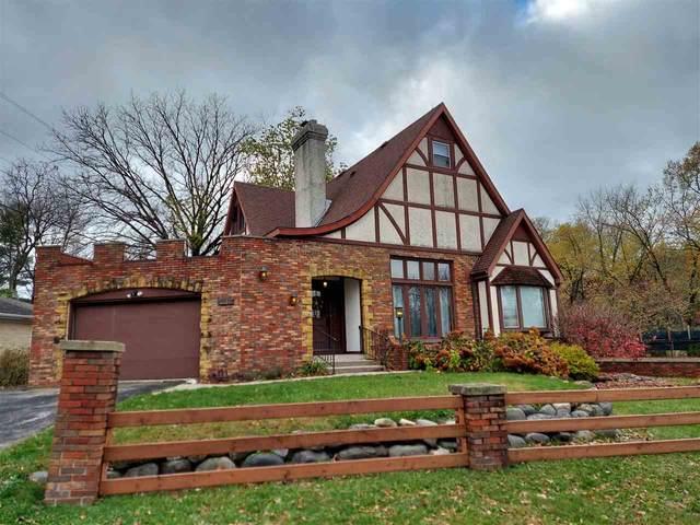 1102 Woodland Way, Madison, WI 53711 (#1896040) :: HomeTeam4u