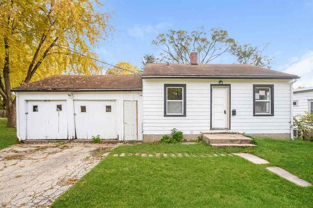 509 Memphis Ave, Blooming Grove, WI 53714 (#1896142) :: Nicole Charles & Associates, Inc.