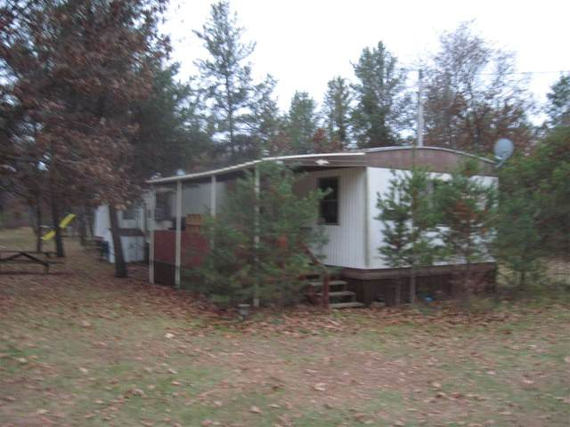 977 County Road C, Big Flats, WI 54943 (#1896864) :: HomeTeam4u