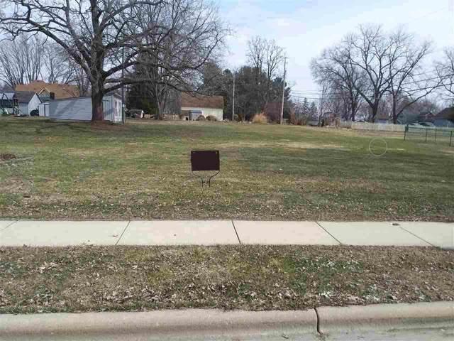 104 S Prairie Ave, Deerfield, WI 53531 (#1899465) :: Nicole Charles & Associates, Inc.