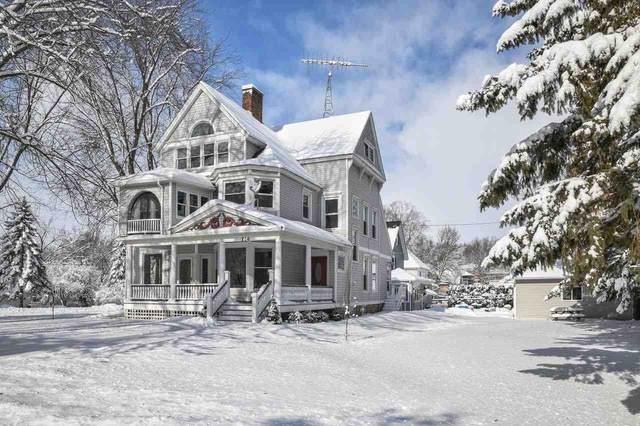 206 Hall St, Ripon, WI 54971 (#1899985) :: HomeTeam4u