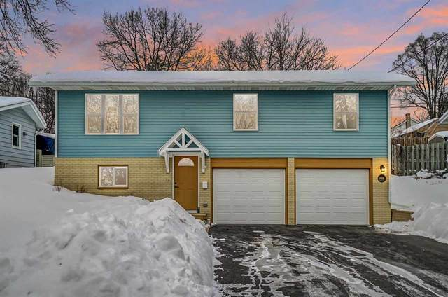 819 E Edgewater St, Portage, WI 53901 (#1901901) :: HomeTeam4u
