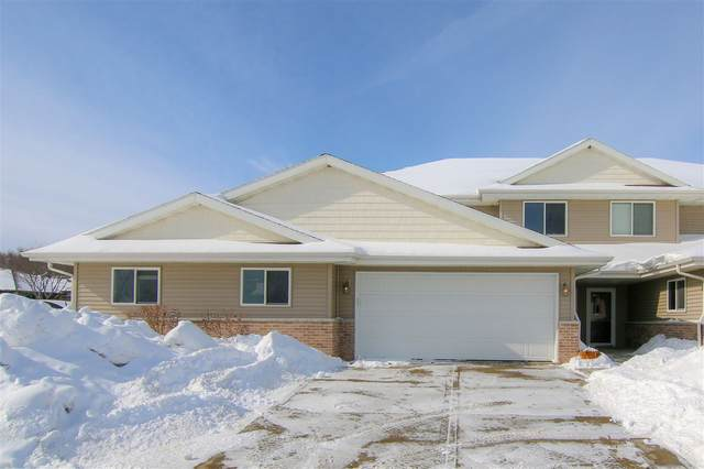 194 Valley Dr, Lodi, WI 53555 (#1902192) :: Nicole Charles & Associates, Inc.