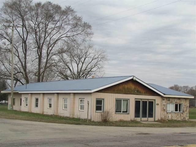 358 S Oak St, Lone Rock, WI 53556 (#1904748) :: HomeTeam4u