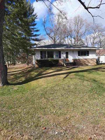 422 W Madison St, Wautoma, WI 54982 (#1904800) :: HomeTeam4u