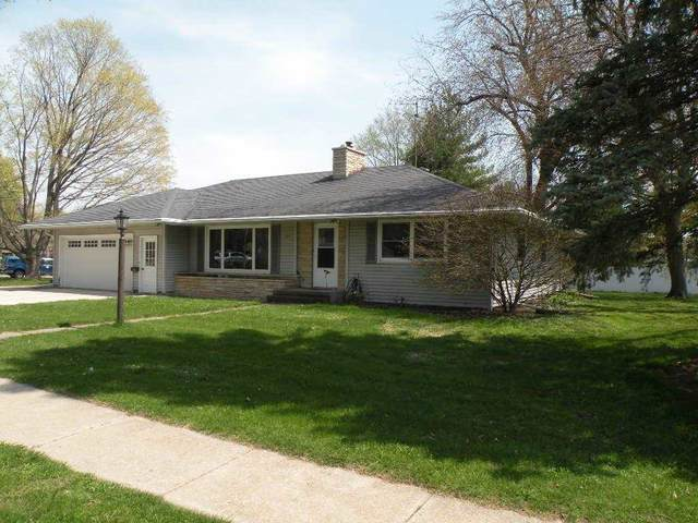 317 W Griswold St, Ripon, WI 54971 (#1908109) :: Nicole Charles & Associates, Inc.