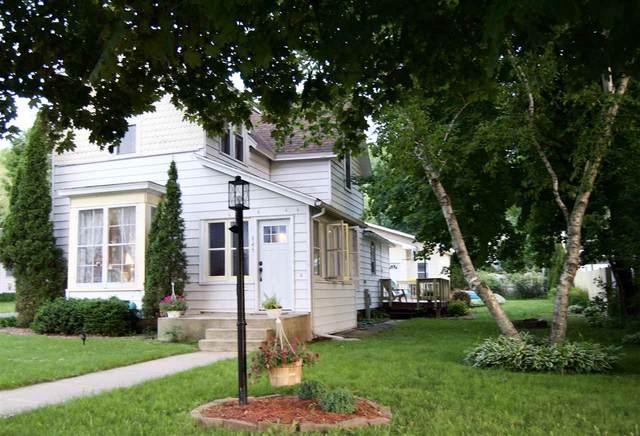 645 E Kinder St, Richland Center, WI 53581 (#1909396) :: Nicole Charles & Associates, Inc.