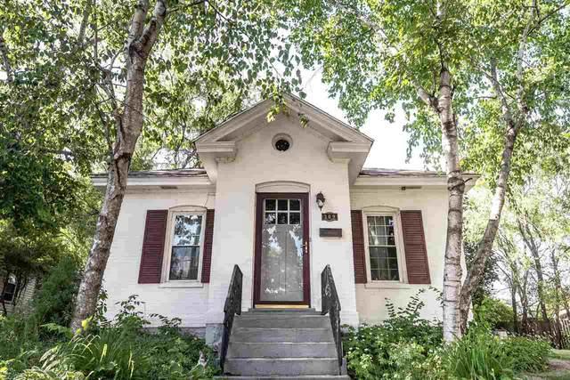 309 W Edgewater St, Portage, WI 53901 (#1909518) :: Nicole Charles & Associates, Inc.