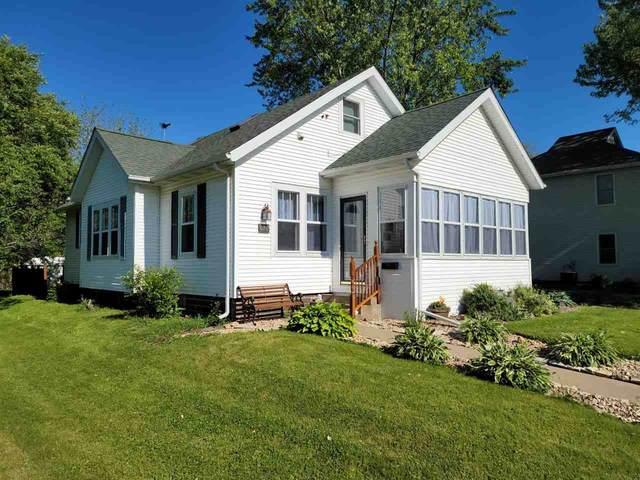 670 Roosevelt St, Fennimore, WI 53809 (#1910476) :: HomeTeam4u