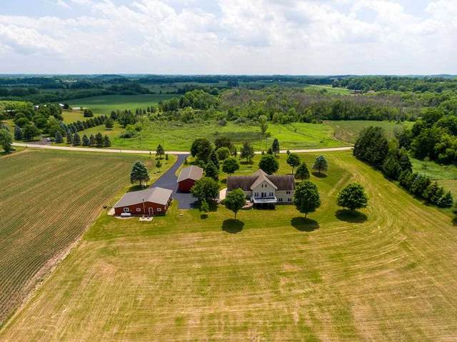 W2336 Bakertown Dr, Concord, WI 53178 (#1911887) :: RE/MAX Shine
