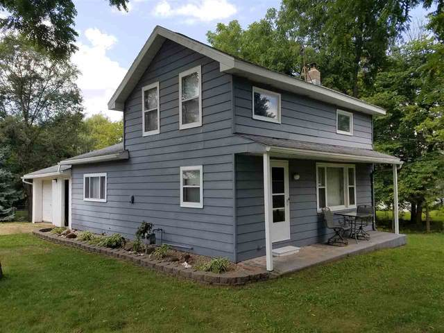 2832 S Lucas St, Plymouth, WI 53576 (#1916353) :: RE/MAX Shine