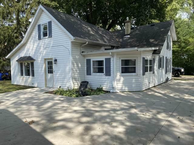 125 Keyes St, Lake Mills, WI 53551 (#1917446) :: RE/MAX Shine