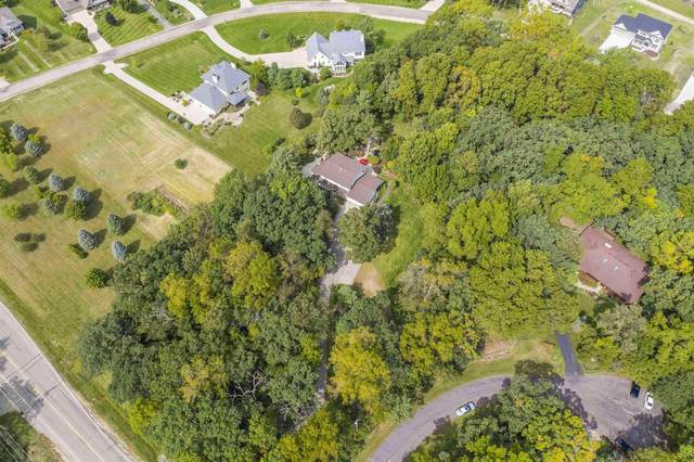 8656 Airport Rd, Middleton, WI 53562 (#1917749) :: RE/MAX Shine