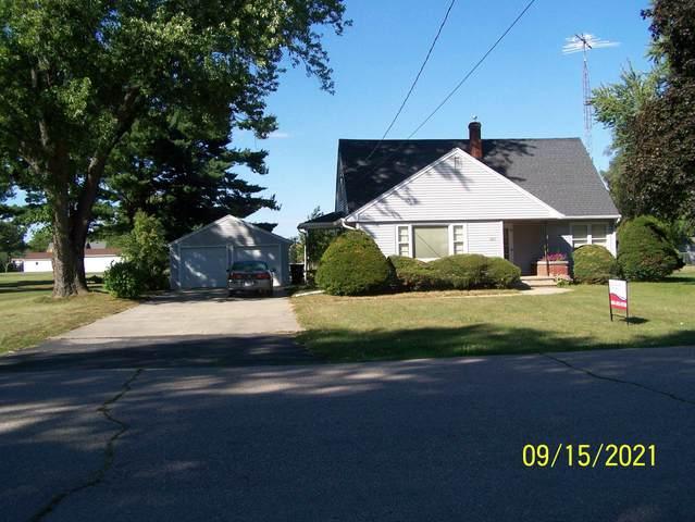 1845 Carlyle Rd, Beloit, WI 53511 (#1919365) :: RE/MAX Shine