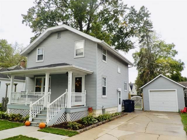 737 N Garfield Ave, Janesville, WI 53545 (#1921633) :: RE/MAX Shine