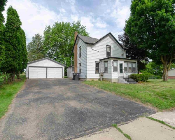 379 Furnace St, Mayville, WI 53050 (#355060) :: Nicole Charles & Associates, Inc.