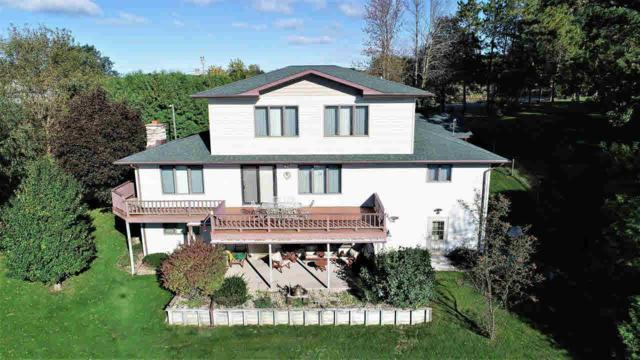 N2954 N Kearley Rd, Green Lake, WI 53946 (#356598) :: Nicole Charles & Associates, Inc.