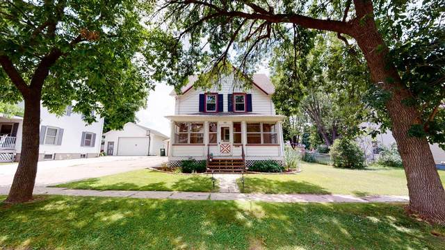 422 Converse St, Fort Atkinson, WI 53538 (#369592) :: Nicole Charles & Associates, Inc.