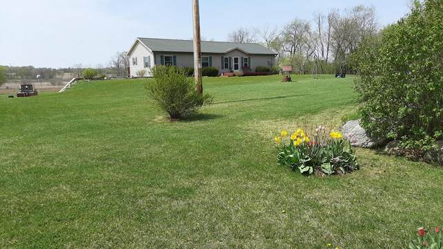 N4887 Duck Creek Rd, Jefferson, WI 53137 (#374457) :: Nicole Charles & Associates, Inc.