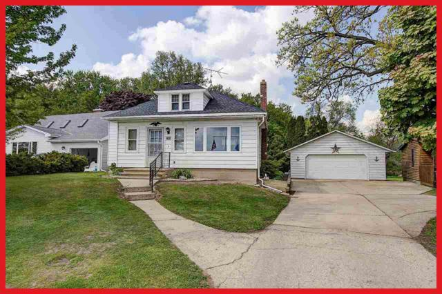 W7920 County Road B, Lake Mills, WI 53551 (#1795257) :: Nicole Charles & Associates, Inc.