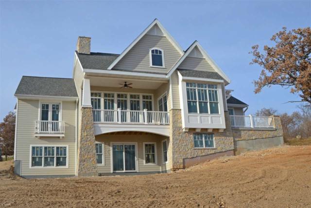 450 White Oaks St, Green Lake, WI 54941 (#1807818) :: Nicole Charles & Associates, Inc.