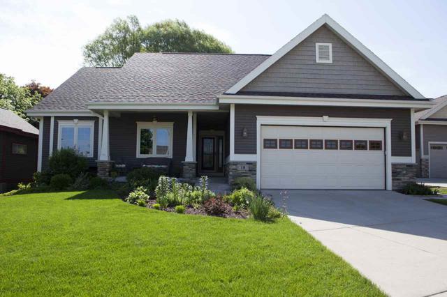 18 Oak Ridge Trl, Deerfield, WI 53531 (#1821816) :: Nicole Charles & Associates, Inc.