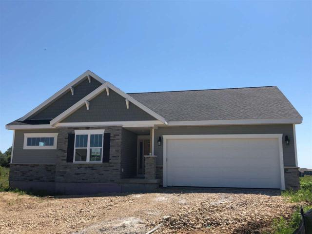 4315 Autumn Fields Rd, Windsor, WI 53598 (#1831003) :: Nicole Charles & Associates, Inc.