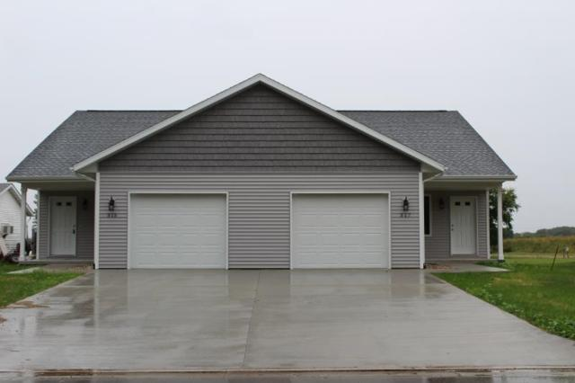 315-317 N Main St, Orfordville, WI 53576 (#1832759) :: Nicole Charles & Associates, Inc.