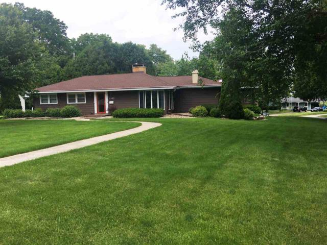 5102 Whitcomb Dr, Madison, WI 53711 (#1833240) :: Nicole Charles & Associates, Inc.