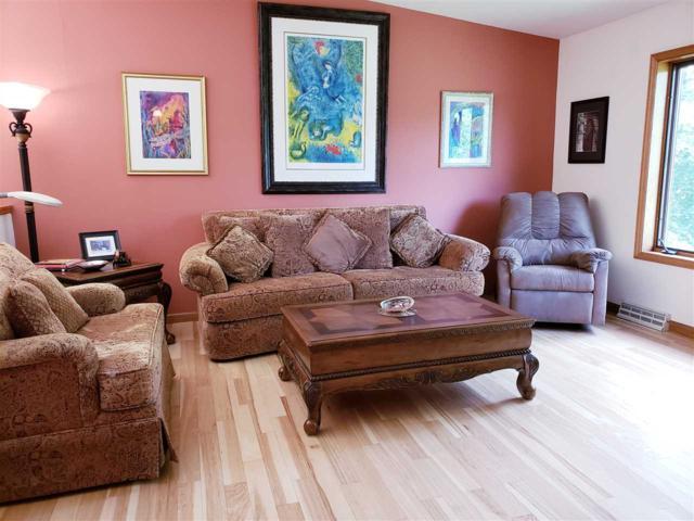 4435 Baxter Rd, Cottage Grove, WI 53527 (#1837682) :: HomeTeam4u
