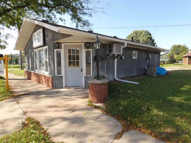 207 W Oak St, Boscobel, WI 53805 (#1845921) :: Nicole Charles & Associates, Inc.