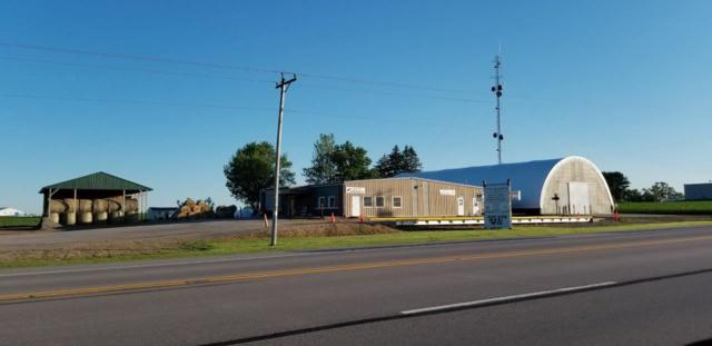 10126 Circle Rd, North Lancaster, WI 53813 (#1851413) :: Nicole Charles & Associates, Inc.