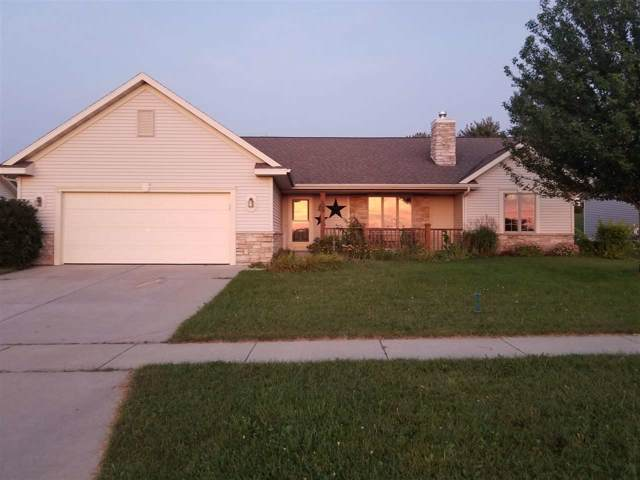 229 Gosdeck Ln, Johnson Creek, WI 53038 (#1866226) :: HomeTeam4u