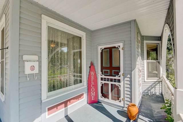 335 N Monroe St, Waterloo, WI 53594 (#1888867) :: Nicole Charles & Associates, Inc.