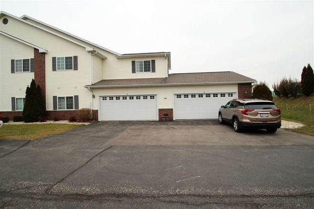 1608 Commonwealth Dr, Fort Atkinson, WI 53538 (#1899872) :: Nicole Charles & Associates, Inc.