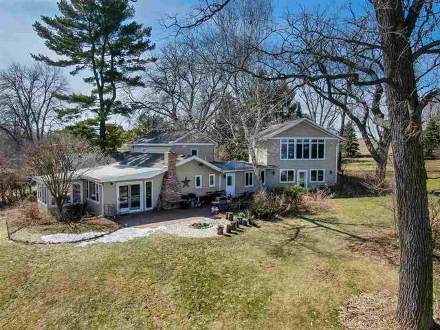 2234 Colladay Point Dr, Dunn, WI 53589 (#1903795) :: Nicole Charles & Associates, Inc.