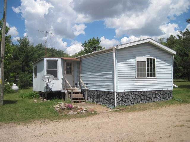 2970 County Road B, New Chester, WI 53936 (#1907553) :: Nicole Charles & Associates, Inc.