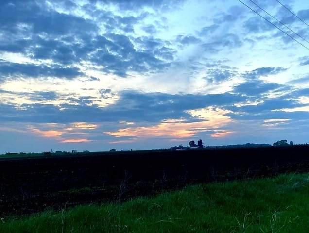 N5534 County Road A, Oak Grove, WI 53039 (#1909591) :: RE/MAX Shine