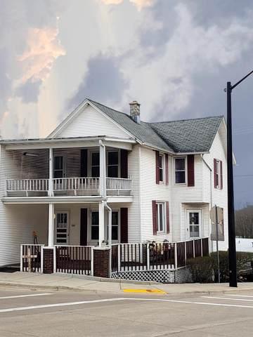 101 S Main St, Iron Ridge, WI 53035 (#374056) :: HomeTeam4u