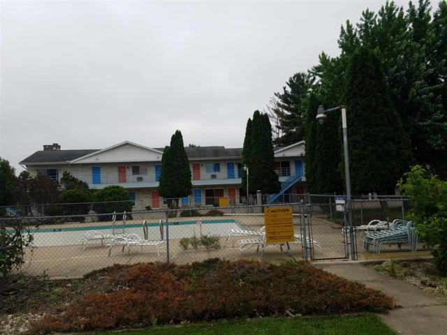 630 Wis Dells Pky, Lake Delton, WI 53965 (#1823019) :: Nicole Charles & Associates, Inc.